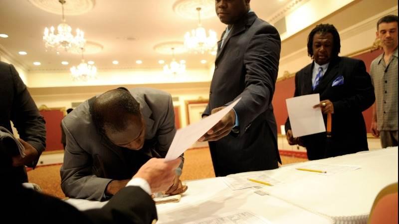 مطالبات البطالة