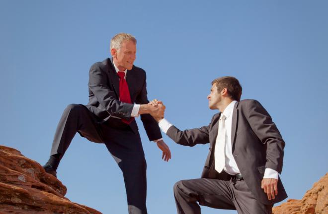 أشياء يفعلها المديرون للتّواصل مع موظّفيهم