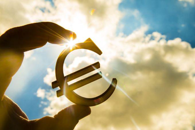 تداولات اليورو 14-12-2020
